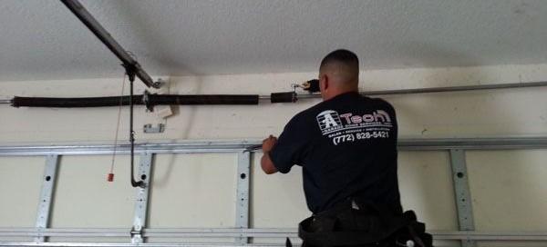 Signs of Broken Garage Doors and Needs Repair