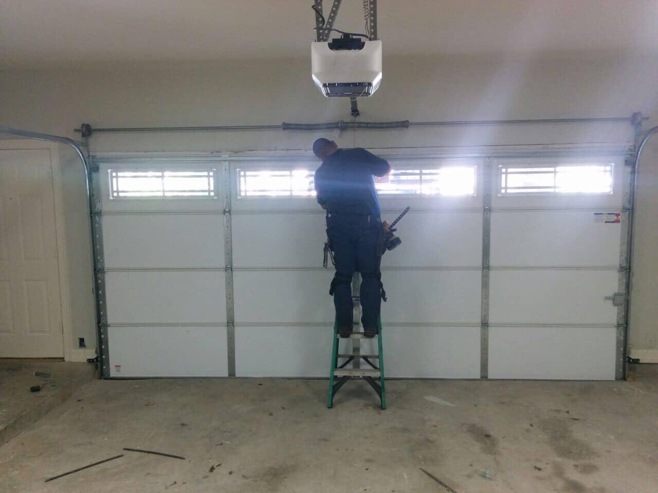 Broken Grage Door Repair